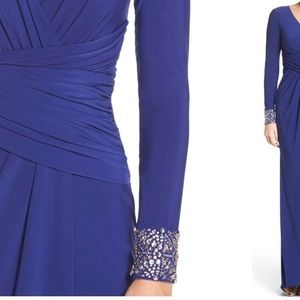 Vince Camuto Dresses - Vince Camuto Embellished Sleeve Jersey Gown, sz 10